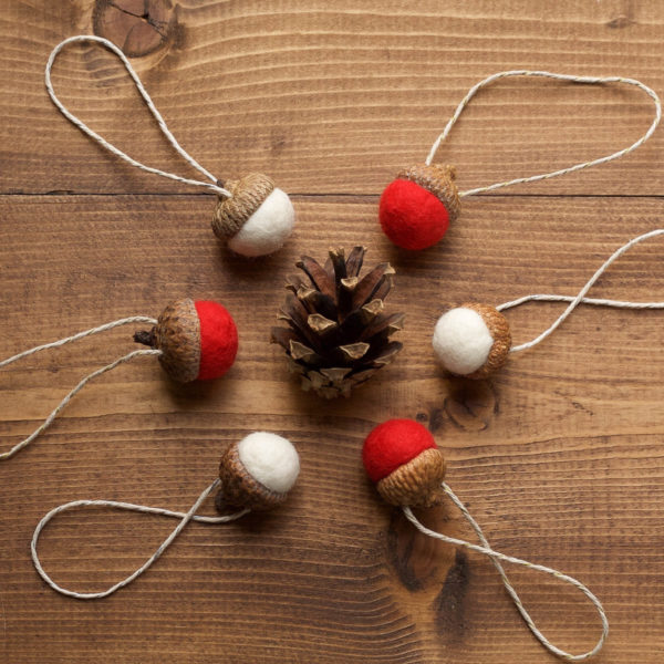 Felt Acorn Christmas Ornaments in Red and White, Wool Felted Acorns, Christmas, Holiday Gift Tie On, Winter, Hostess Gift, Rustic, Favors