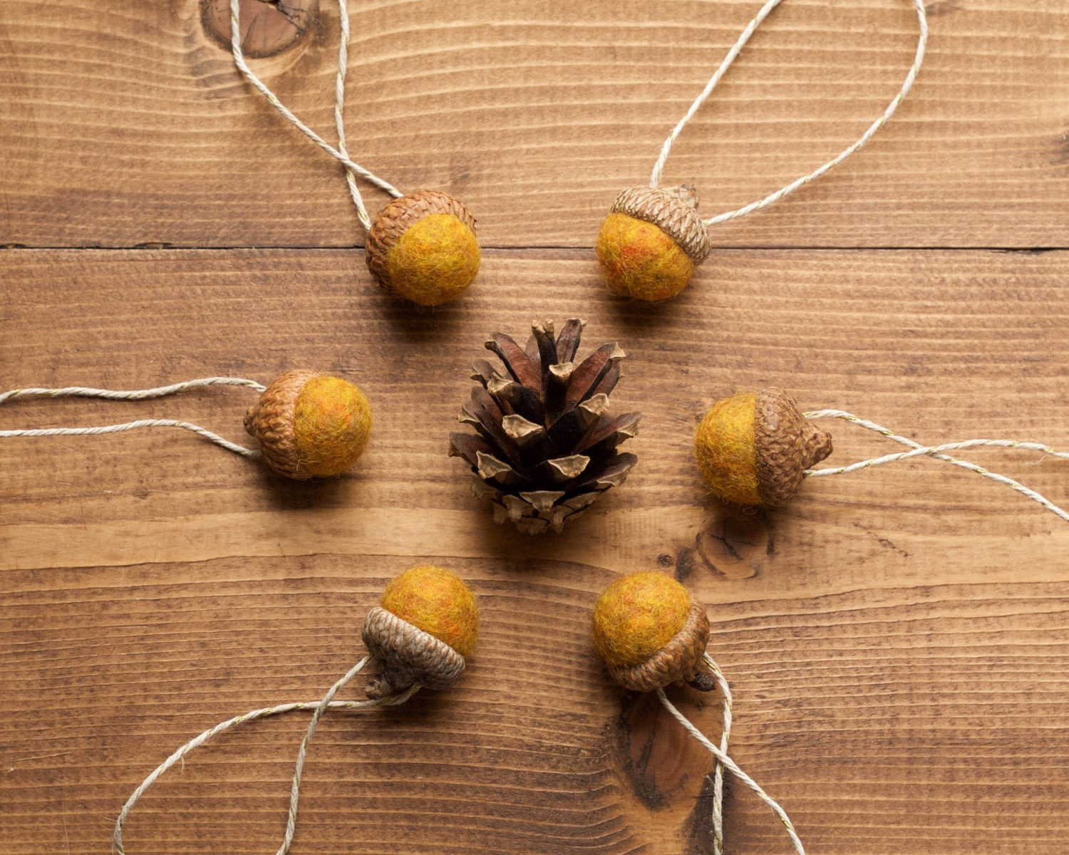 Harvest Gold Felted Acorn Ornaments, Golden Yellow, Mustard, Christmas, Holiday Gift Tie On, Fall, Winter, Hostess Gift, Thanksgiving Decor