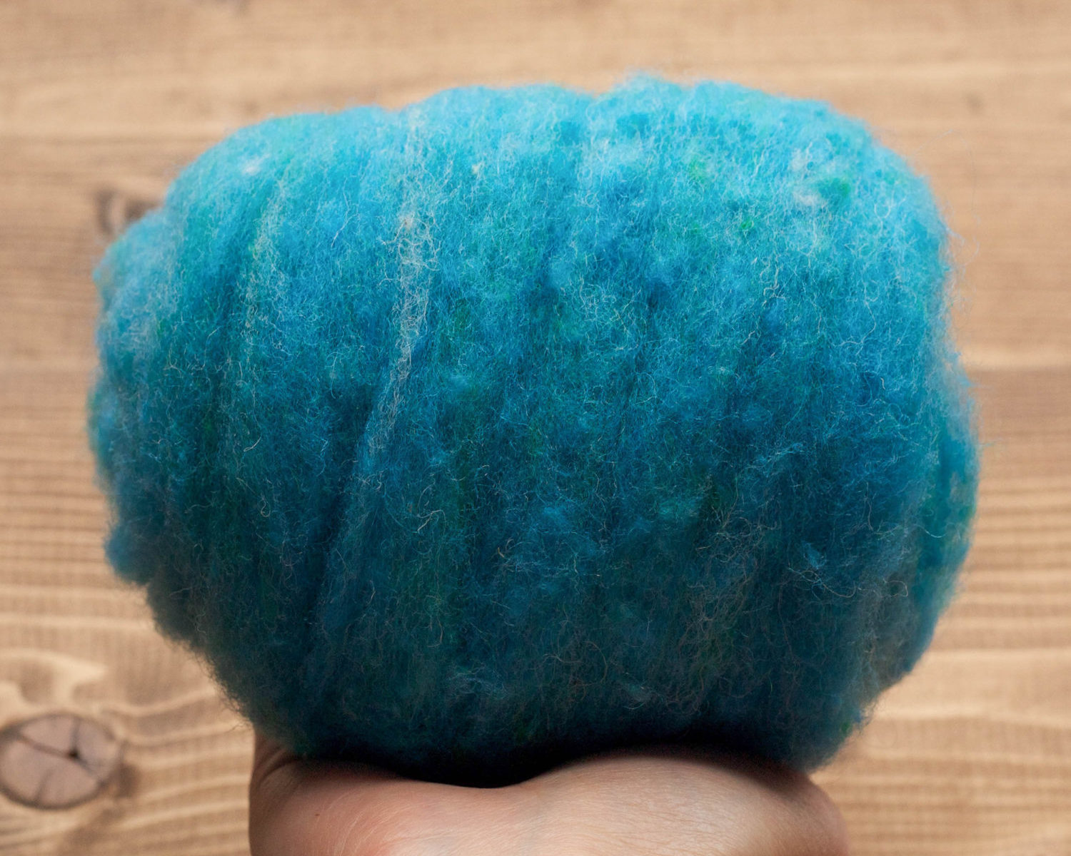 Cerulean Blue Needle Felting Wool, Wool Batting, Batts, Wet Felting, Spinning, Dyed Felting Wool, Turquoise Blue, Fiber Art Supplies