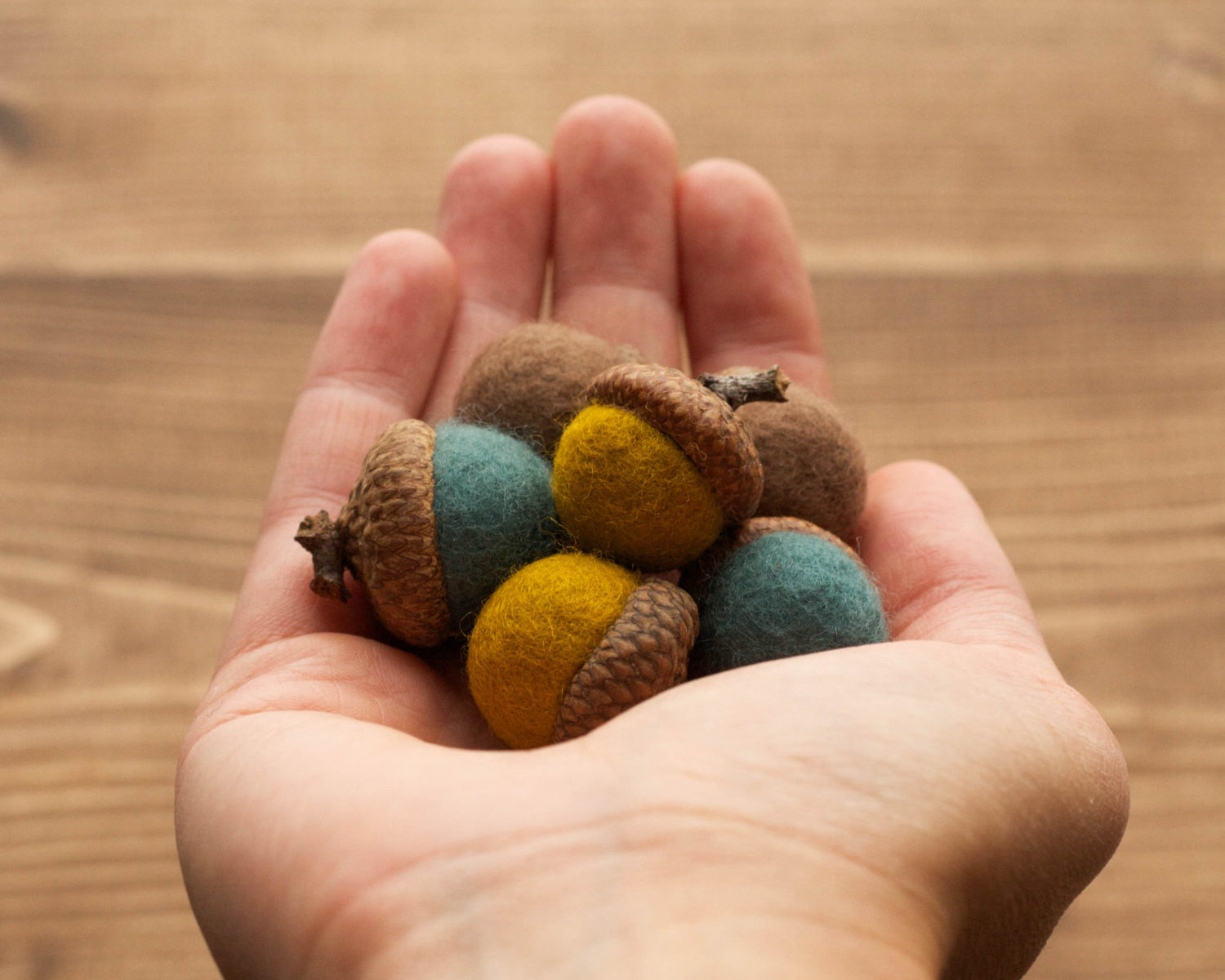 Felted Wool Acorns, Mustard, Teal, Brown, Earthy, Natural Colors, Winter, Spring, Decoration, Weddings, Woodland Decor, Rustic, Party Favors