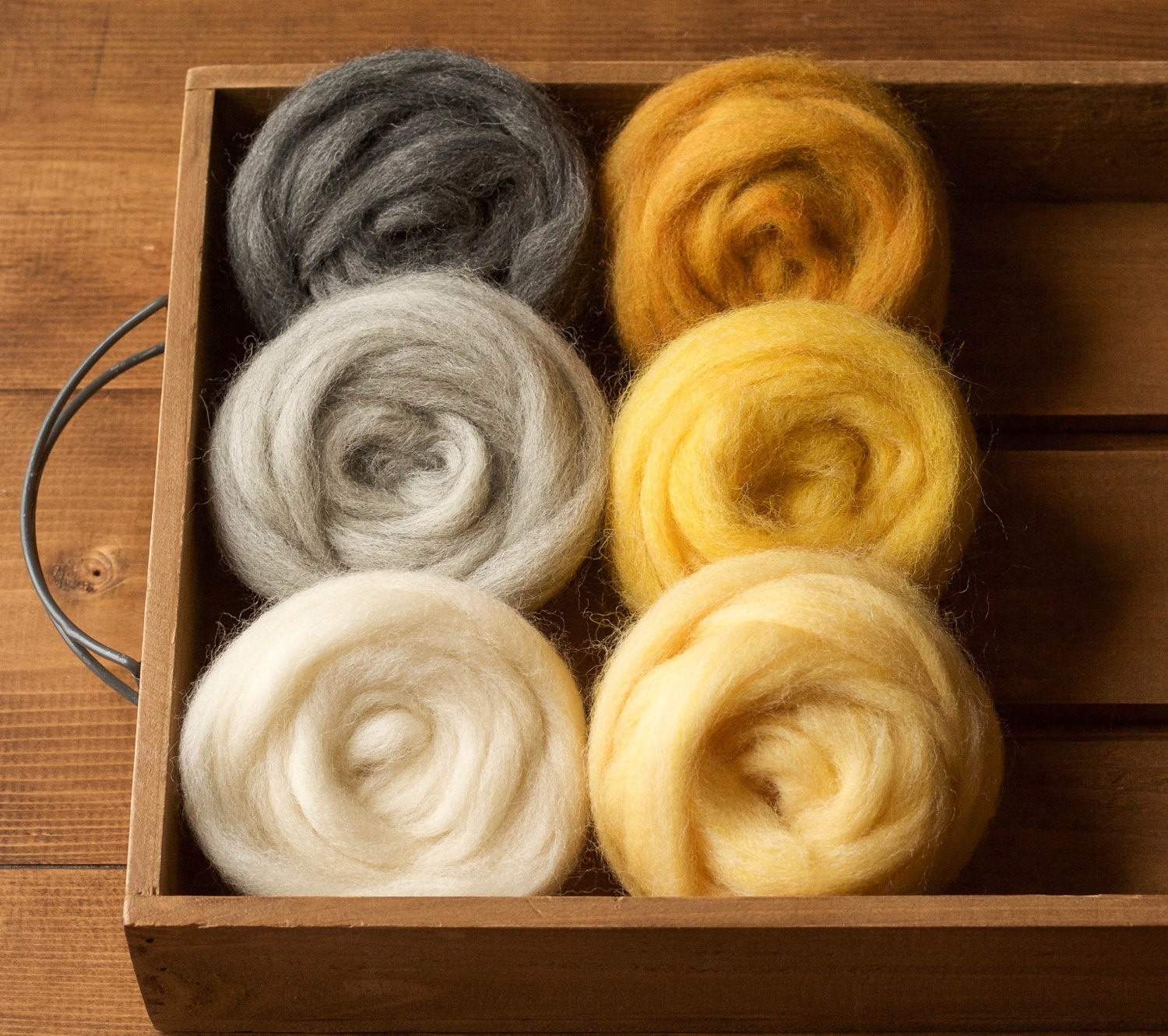 Golden Yellow GoatsMagosh 4oz Corriedale Wool Roving for Felting and Spinning
