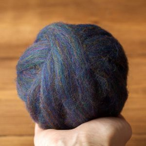 Wool Roving for Needle Felting in Blue Goldstone, Dark Blue, Midnight Blue, Wet Felting, Spinning, Chunky Yarn, Fiber Art Supply, DIY