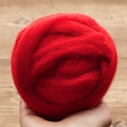 Wool Roving in Poppy Red for Needle Felting, Christmas Red, Supply, Wet Felting, Spinning, Firetruck Red, Vibrant Red, DIY
